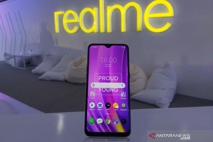 Ponsel Realme percaya diri bersaing dengan Samsung dan Redmi