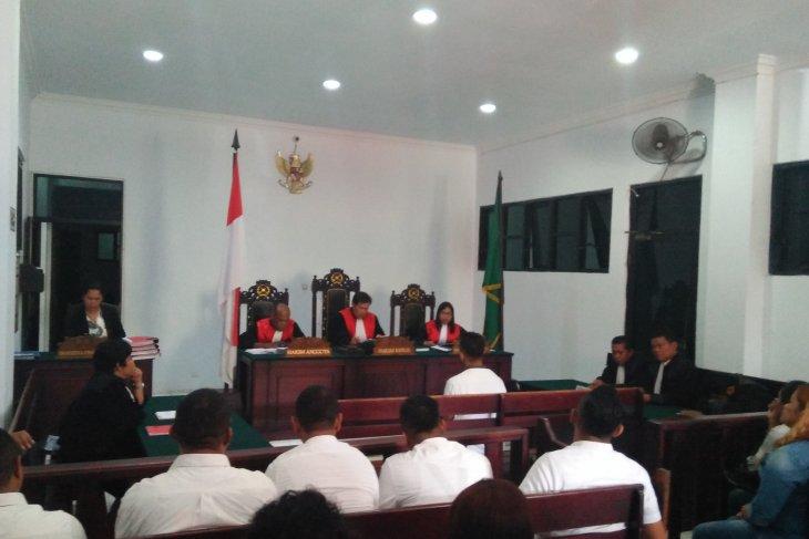 Lima staf BNNP Maluku divonis bebas