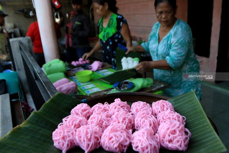 Patola, jajanan khas Ramadhan warga Banyuwangi