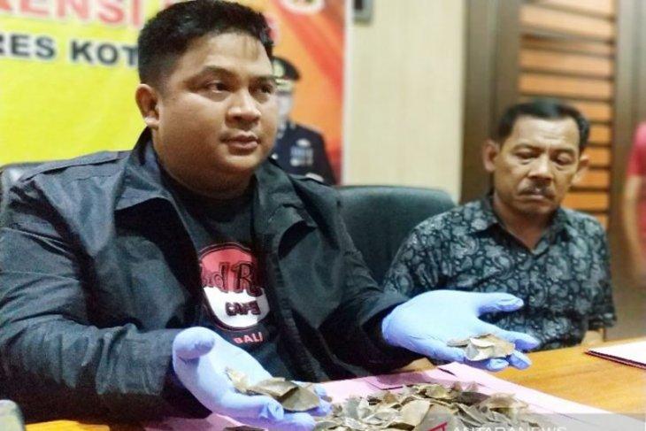 Polres Kotawaringin tangkap  penjual sisik trenggiling