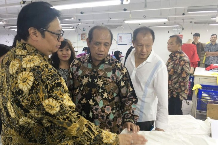 Indonesia's textile and clothing industry's growth reaches 18 percent