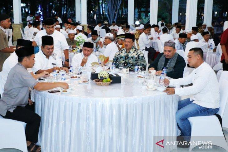 Plt Bupati Asahan minta tidak bicara politik saat Safari Ramadhan