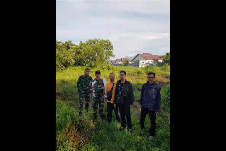 Kawat layang-layang ancam jiwa warga dan pasokan listrik di Kota Singkawang
