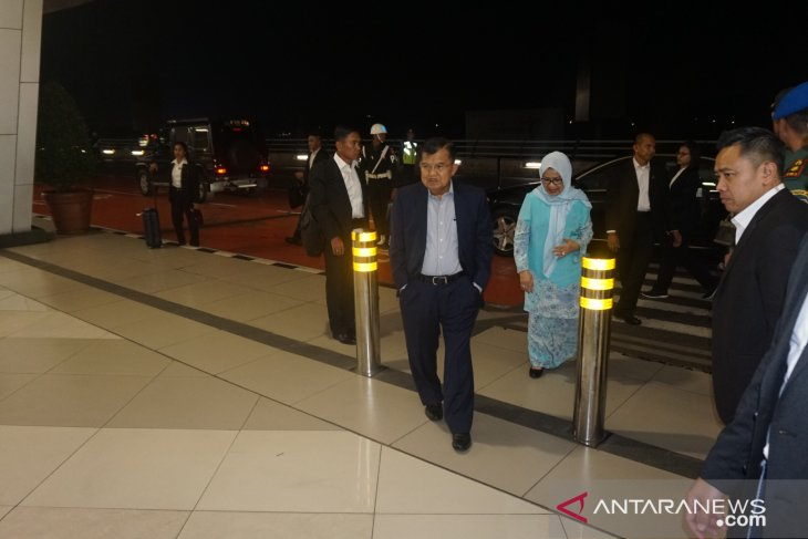 Kalla stops over in Qatar prior to Geneva visit