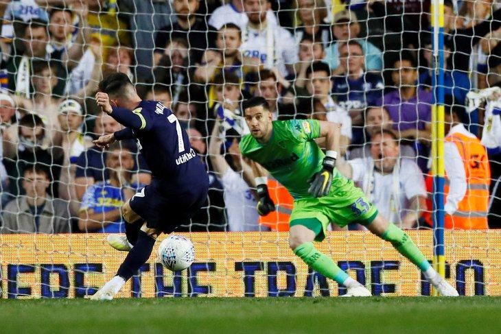Derby bertemu Villa pada final playoff Championship