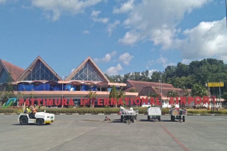 Penumpang di bandara Pattimura H1 Lebaran turun 5184 Persen