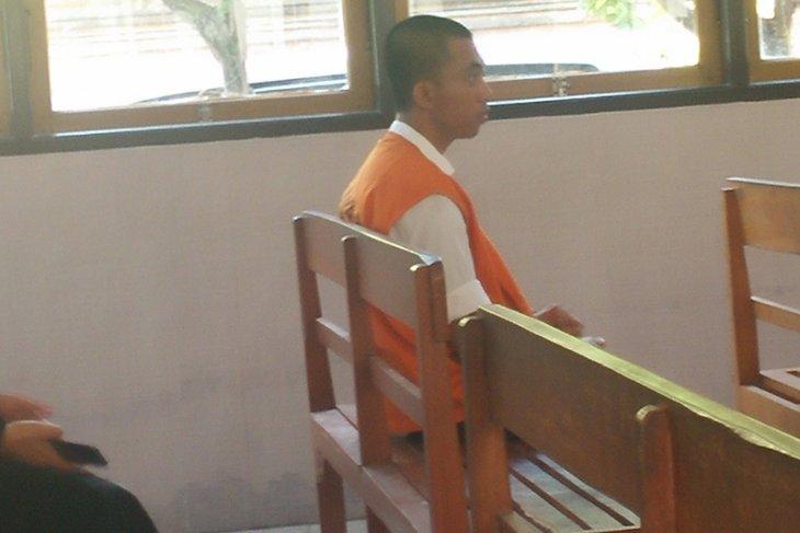 Pemilik 3.000 butir ekstasi asal Mojokerto diadili