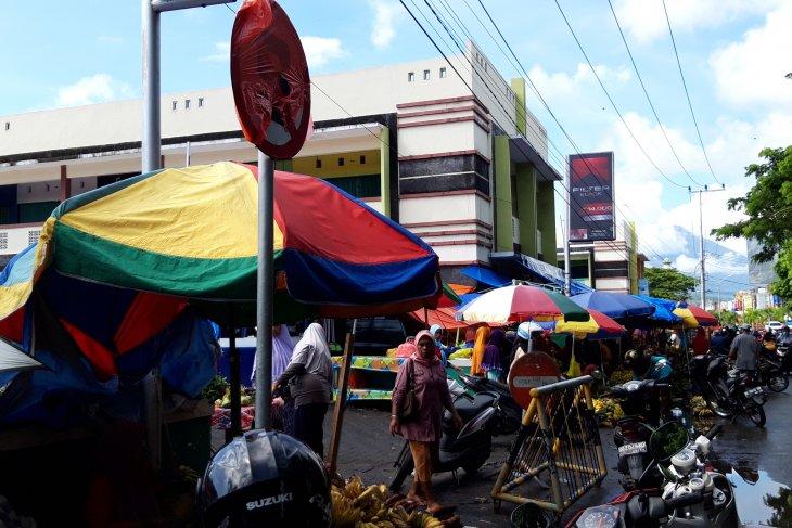 Disperindag  PKL masih tempati areal terlarang selama Ramadhan