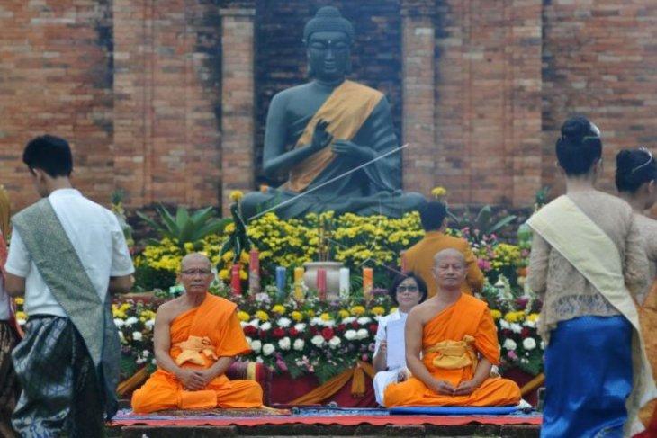 Ribuan umat Buddha rayakan Waisak di Candi Muara Jambi