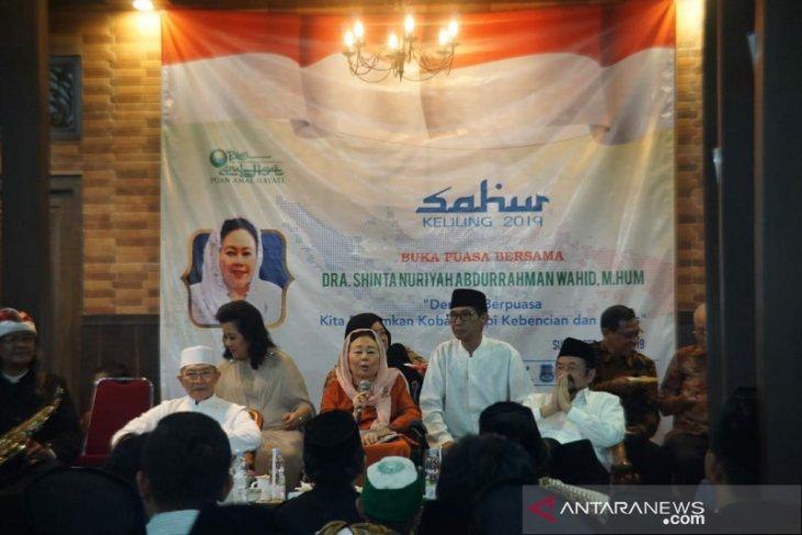 Sinta Nuriyah Wahid: semua pihak tahan emosi