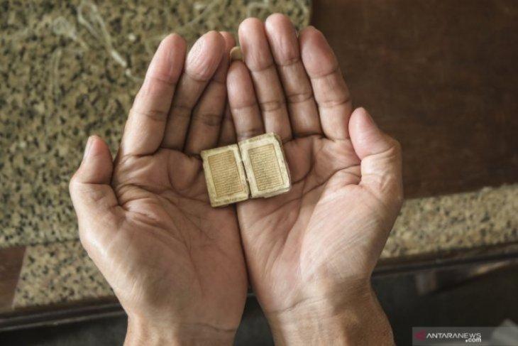 Al Quran Mini Berusia 500 Tahun