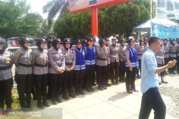 400 personel polisi dan TNI amankan demo di KPU Bengkulu