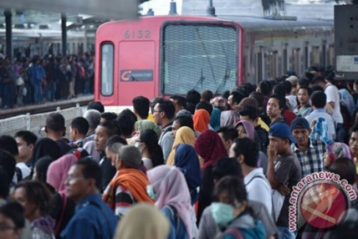 Stasiun Tanah Abang dan Palmerah sudah kembali layani penumpang