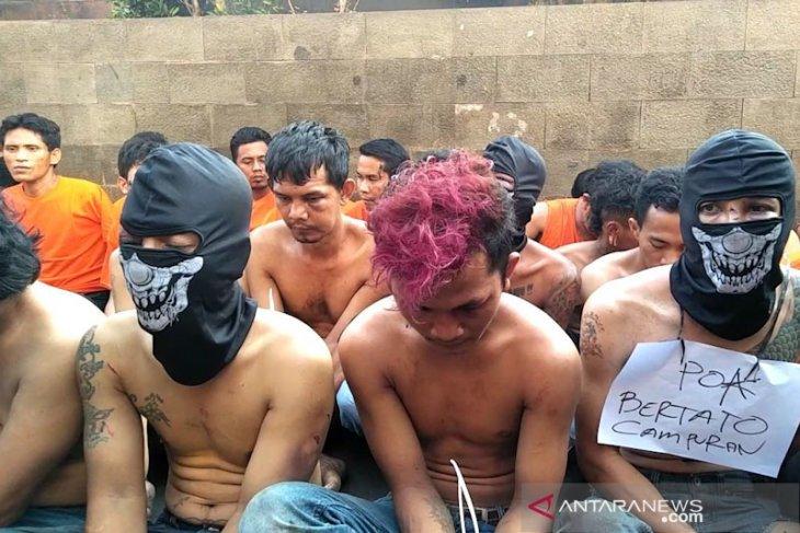 Polisi usut latar belakang pelaku ricuh di Asrama Polri