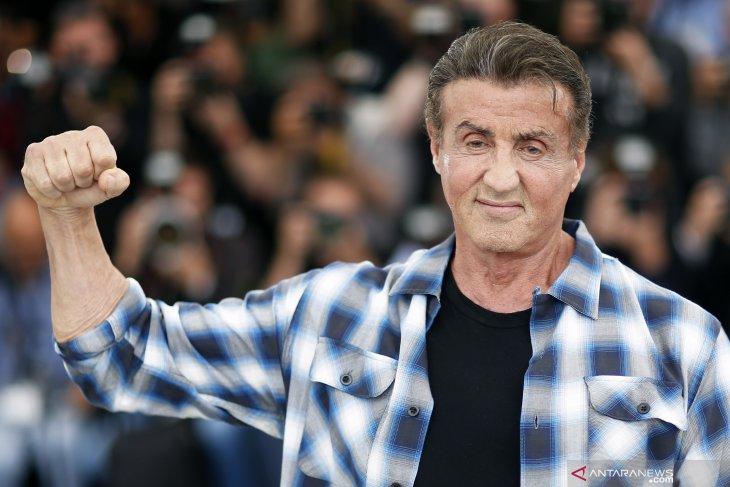 Sylvester Stallone tak akan tampil di