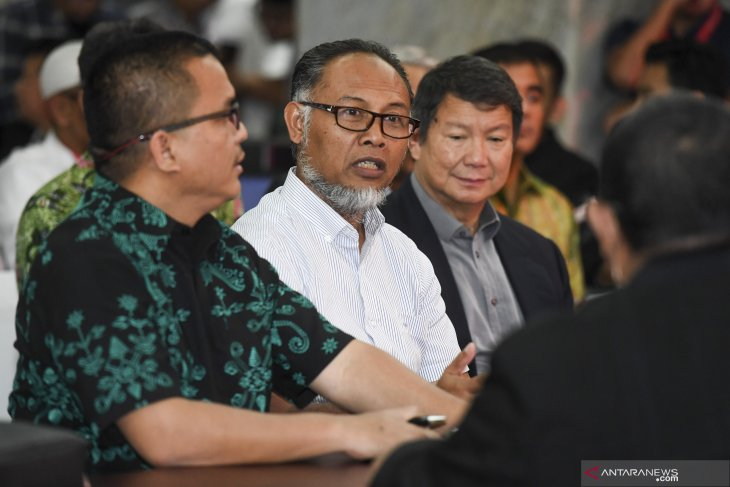 Ada 51 bukti dari tim Prabowo - Sandi ke Mahkamah Konstitusi