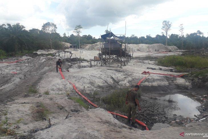 Tim gabungan hentikan tambang liar bijih timah di Sungai Buluh