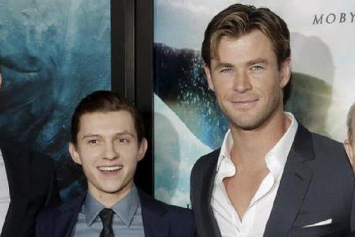 Dua pemain Avengers tiba di Bali