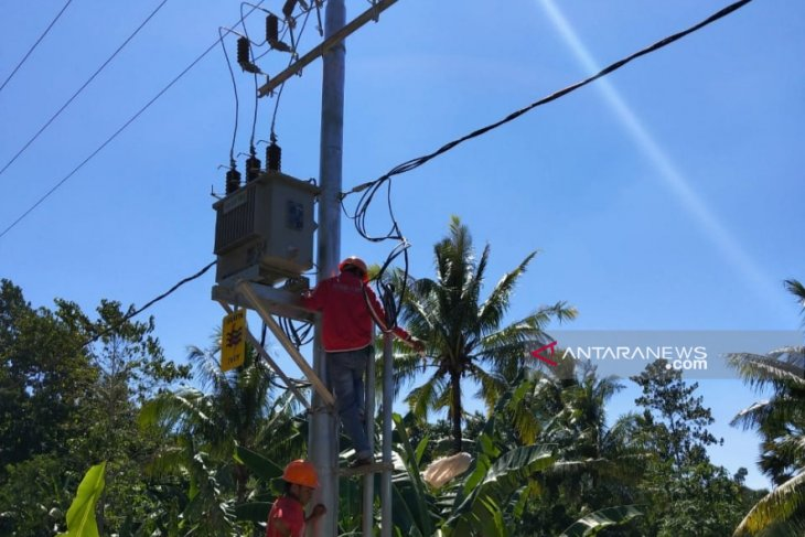 PLN to install electricity network for 51 villages in Flores