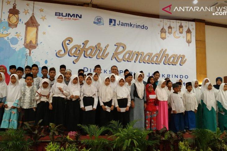 Safari Ramadhan di Cilegon, Perum Jamkrindo Santuni Ratusan Yatim Piatu