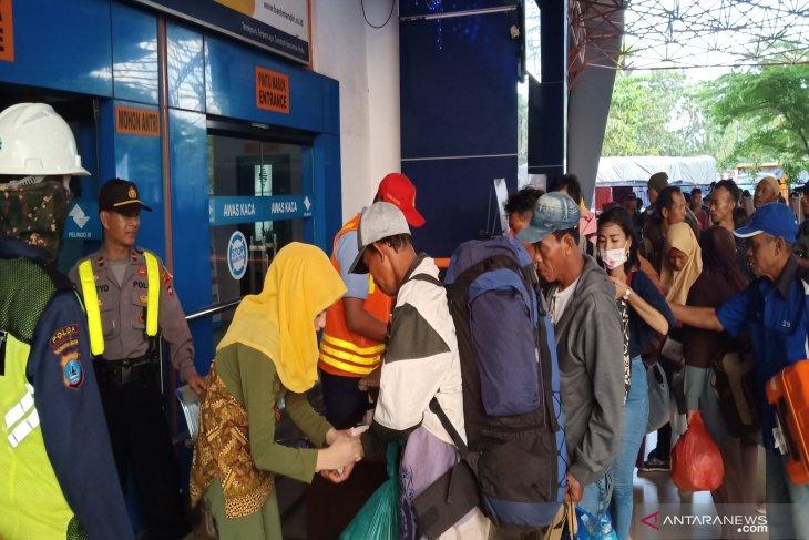Ribuan pemudik berangkat dari terminal induk KM-6 Banjarmasin
