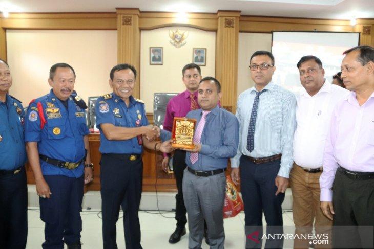 Damkar Bangladesh kunjungi Badung