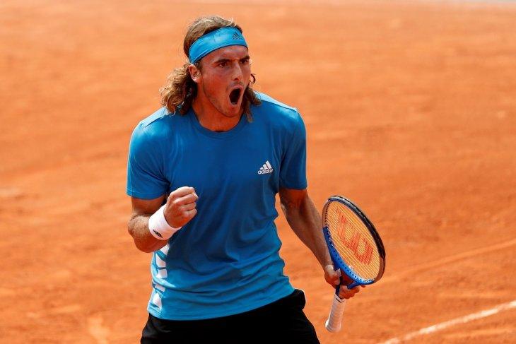 Tsitsipas lewati Dellian babak ketiga French Open