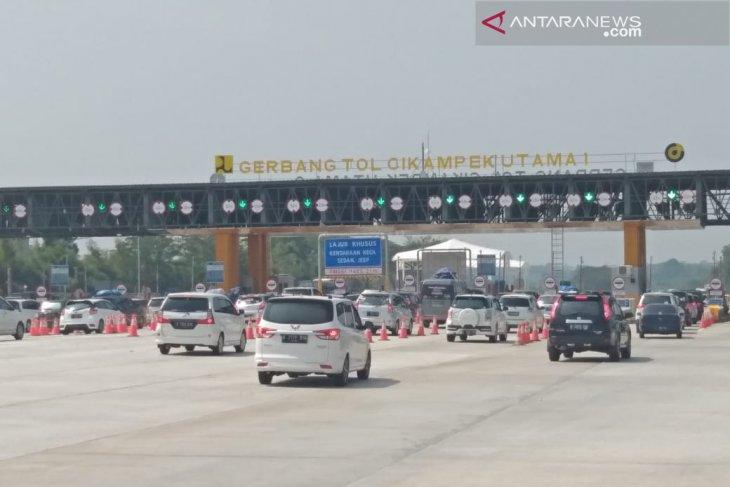 Growth in traffic volume recorded on Jakarta-Cikampek toll road