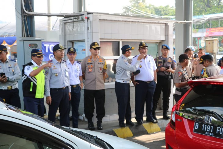 Polda siagakan 800 personel di Pelabuhan Merak Banten