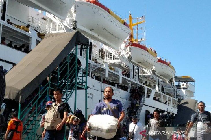 Sudah 11.334 pemudik diberangkatkan dari  Pelabuhan Sampit