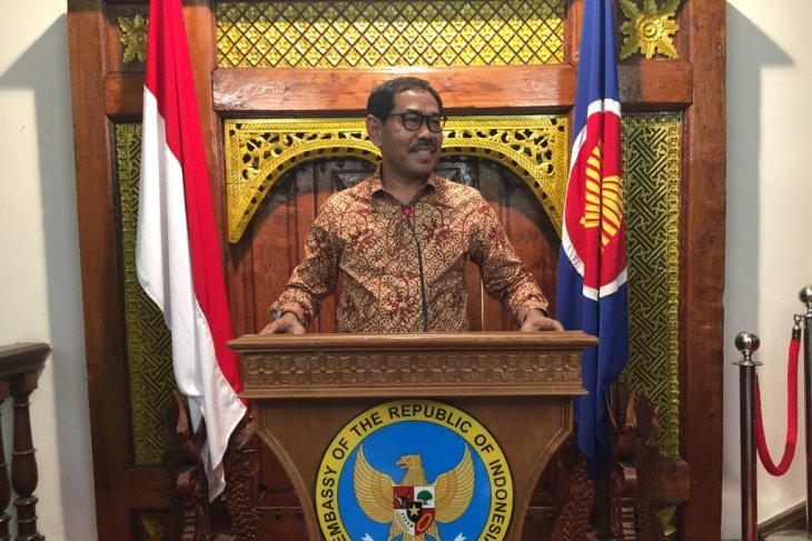 DPD RI  sosok Ani Yudhoyono patut diteladani