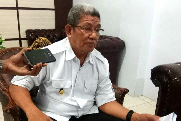 Bupati Thaher sesalkan jaringan listrik di Kei Besar terbengkalai