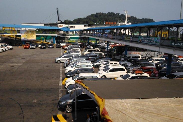ASDP Merak: pada  H-4 156.418 penumpang menyeberang ke Bakauheni