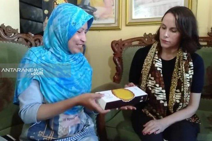 Facebook kunjungi pelaku UMKM di Surabaya