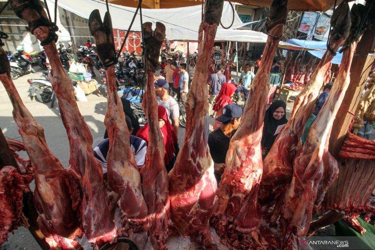 Harga daging sapi di Pasar Toboali tembus Rp130.000 per kilogram
