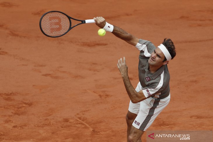 Federer memastikan bermain di French Open
