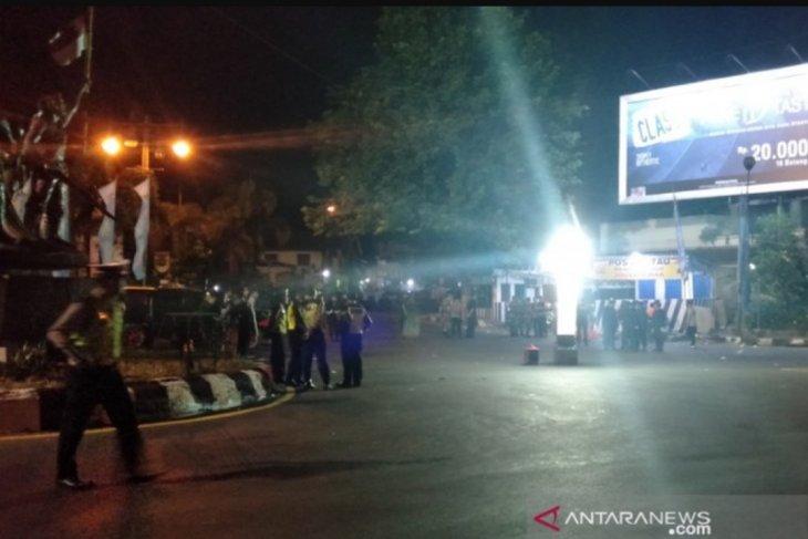 Ledakan diduga bom guncang pospam di Kartasura Jawa Tengah