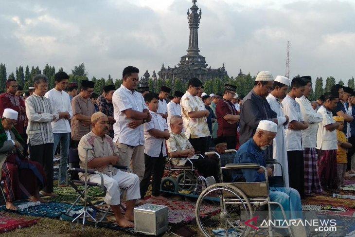 Khatib ajak umat Islam di Bali kembali bersatu pascapemilu (video)