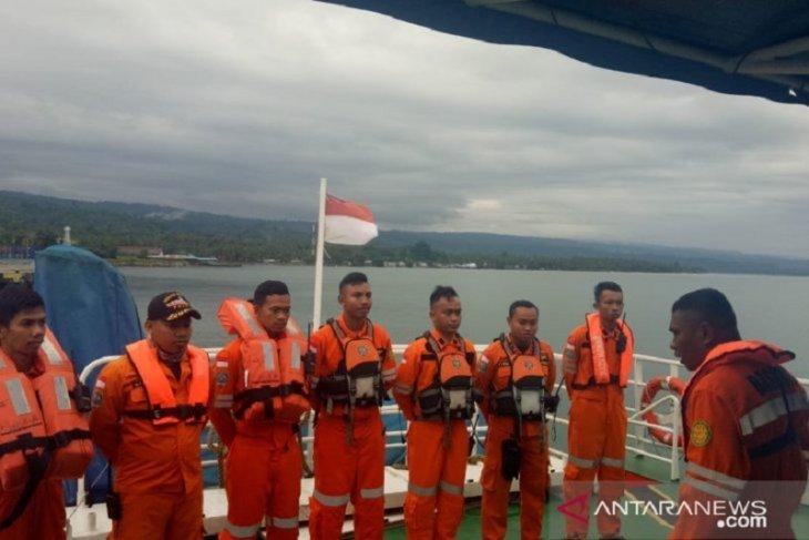 Pesawat TNI-AU ikut cari KM Lintas Timur yang tenggelam