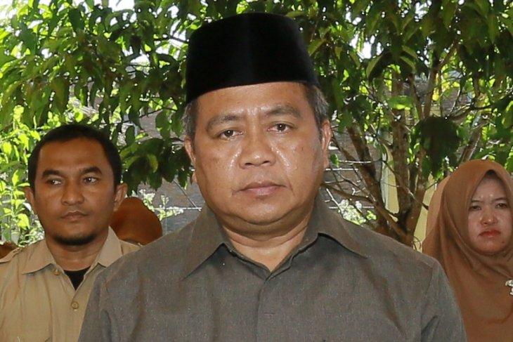 Kelapa sawit petani membusuk karena minim pabrik CPO di Aceh Barat