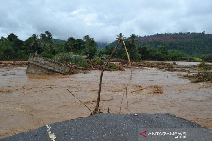 Produksi banjir di daerah industri tambang
