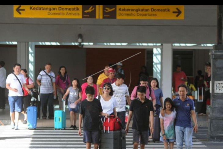 Penumpang pesawat domestik ke Bali turun