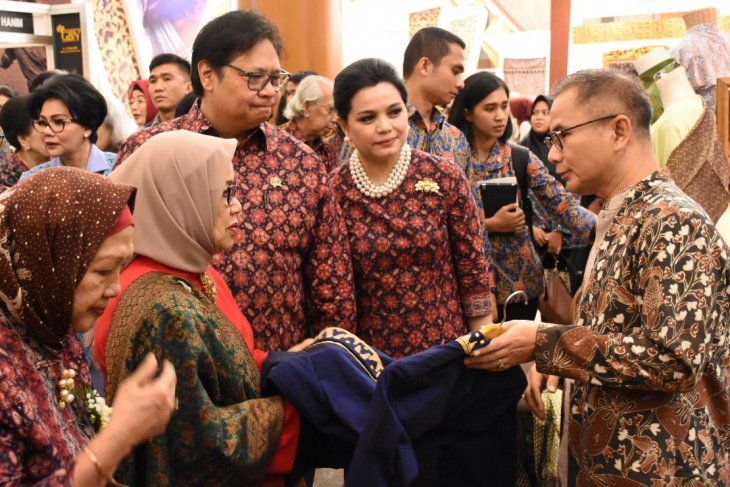 Ministry to develop digital platform to support fashion industry