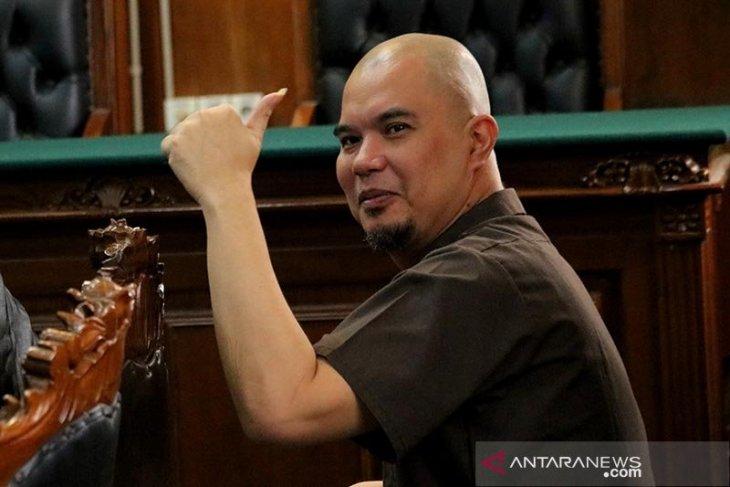 Ahmad Dhani membantah maju Pilkada Surabaya 2020