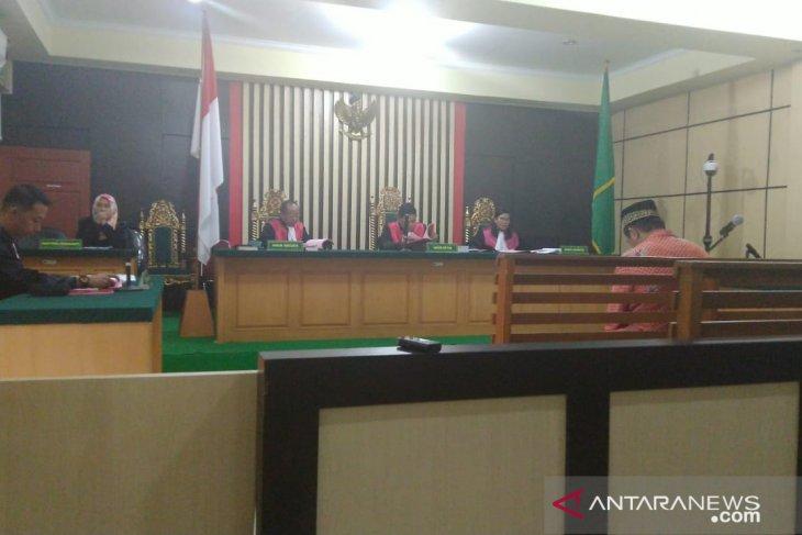 Terdakwa makelar CPNS  dituntut hukuman 18 bulan penjara