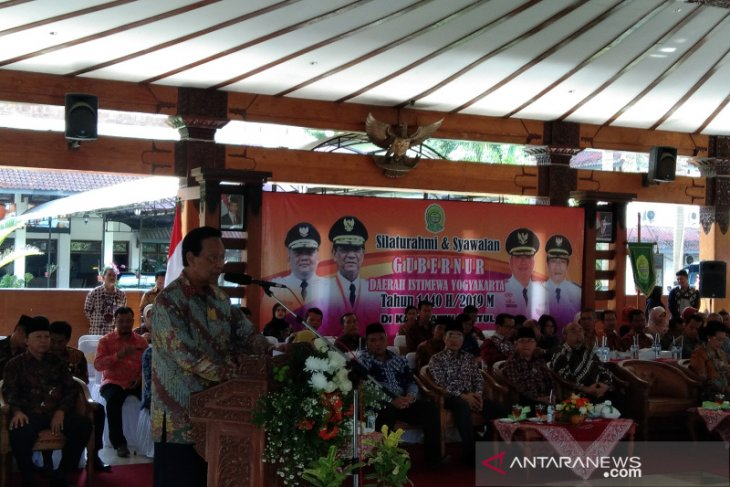 """Yogyakarta Sultan calls to embrace """"islah"""" to placate political unrest"""