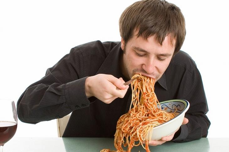 Nafsu makan meningkat saat Ramadhan dan Lebaran