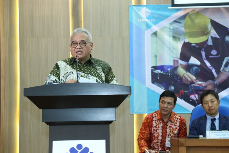 Manpower policy should be aligned with Industry 4.0: ministry