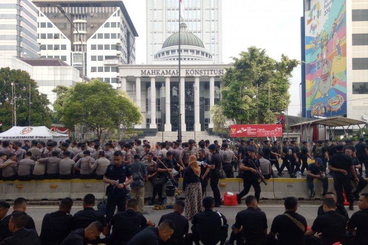 Pengamanan di depan Gedung MK  diperketat