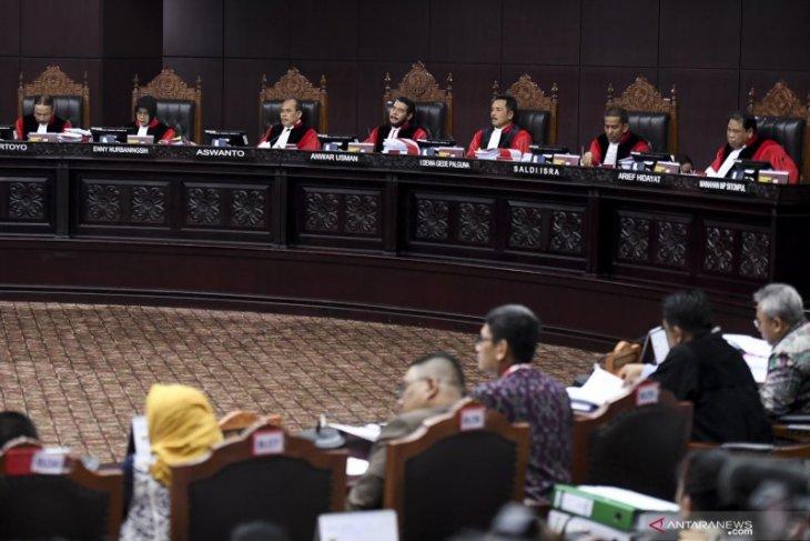 KPU berat hati terima  tiga hari waktu susun jawaban gugatan Prabowo